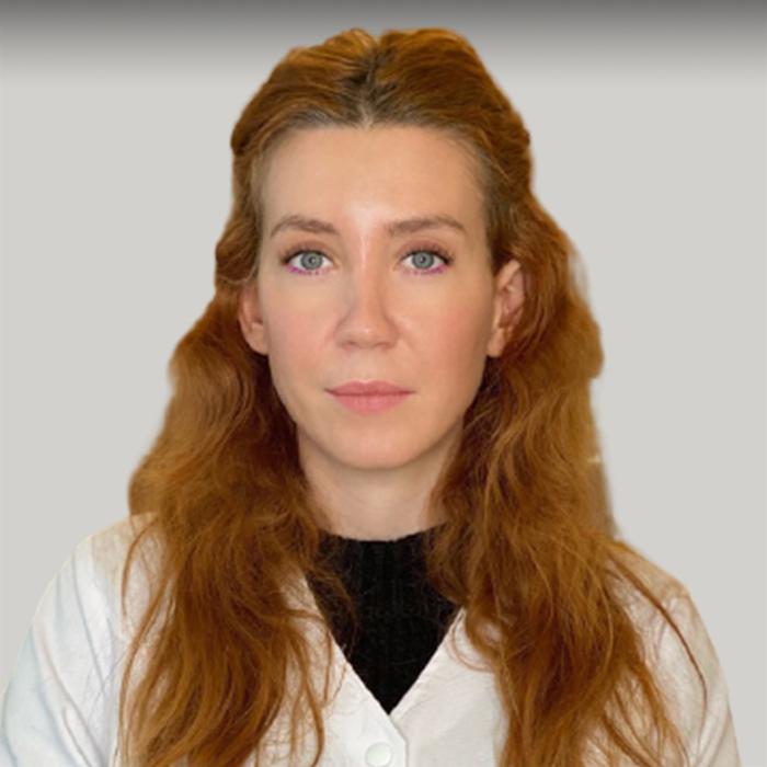 Dr. Carmen Alexandra Predoiu