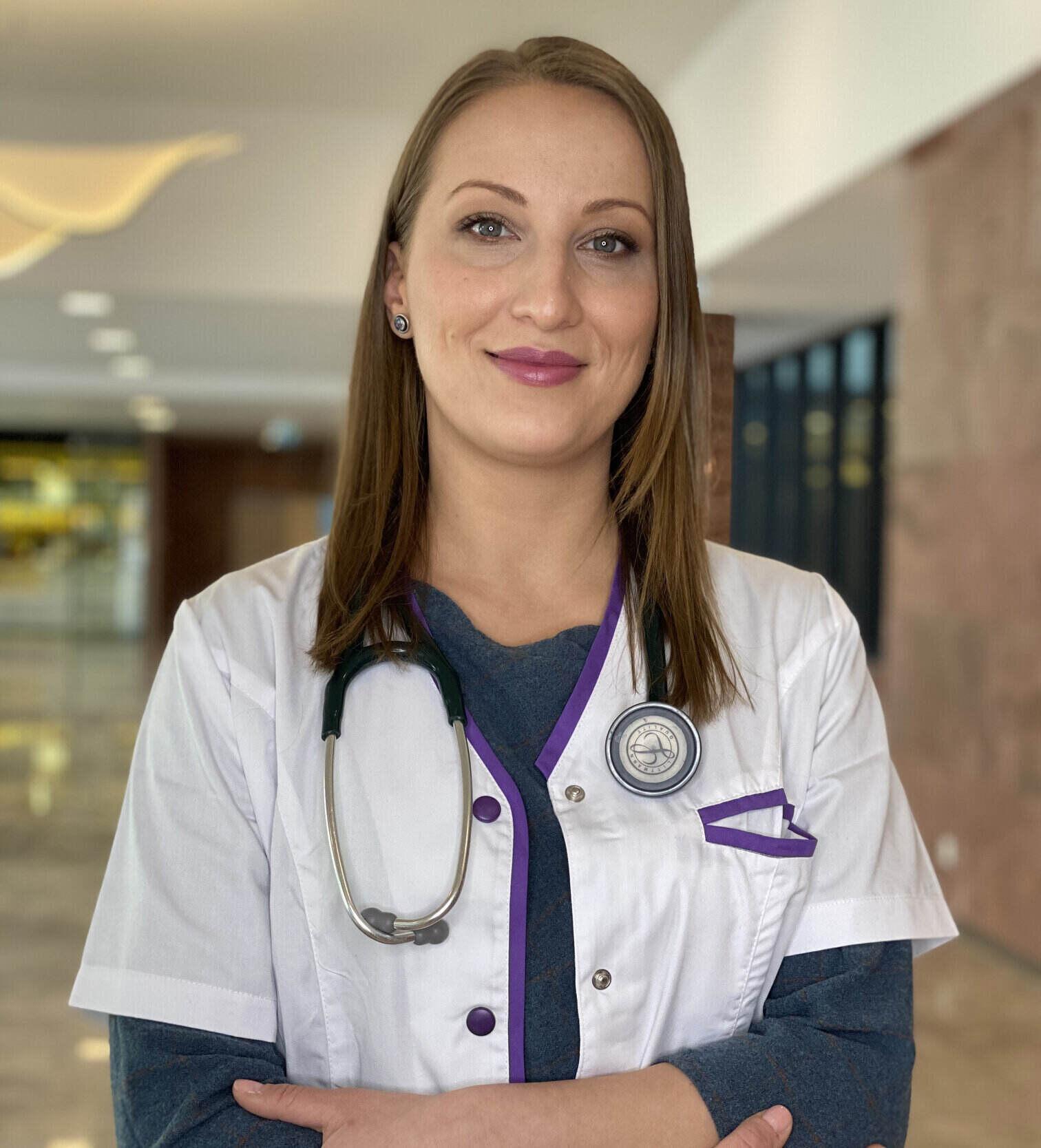 Dr. Dumitru Alexandra
